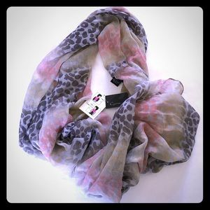 5/$20 Cejon lightweight fashion scarf new